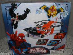 Marvel ultimate SPIDER-MAN RACE CAR TRACK and 3 CARS FREE US SHIPPING