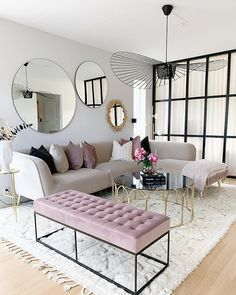 Having small living room can be one of all your problem about decoration home. To solve that, you will create the illusion of a larger space and painting your small living room with bright colors c… Small Living Room Design, Living Room Decor Apartment, Home And Living, Cozy Living Rooms, Apartment Living Room, Living Decor, Living Room Grey, Living Room Mirrors, Apartment Decor
