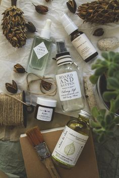 How to survive the moving : natural skin care essentials | TLV Birdie blog
