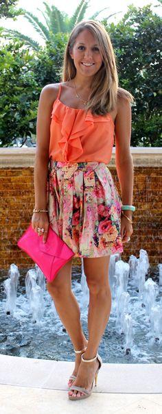 Love the skirt! -nah, nevermind the skirt, I want her legs ;) The Full Skirt — J's Everyday Fashion