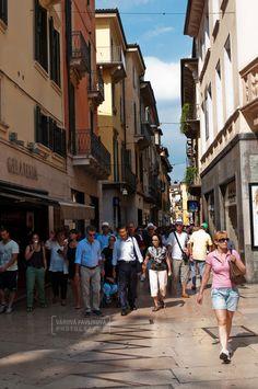 Via Mazzini (Verona, Italy)