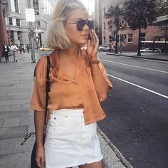 @laurajadestone adding a little bit of shine to your Monday. Shop her look instore now ✨✨