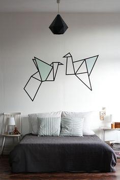 Une décoration murale en masking tape - 100 Idées Déco