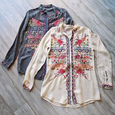 Johnny Was Clothing - Embroidered Talin Blouse Hippie Style, Bohemian Style, Boho Chic, Pretty Outfits, Cool Outfits, Johnny Was Clothing, Estilo Country, Boho Fashion, Fashion Outfits