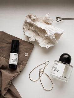 Few words about scents / Anna Pirkola