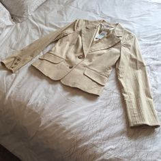 """To The Max Blazer NWT Large Essential to any wardrobe this blazer has a tailored fit!  The photos speak to just how awesome this piece really is. NWT. Size Large. Color """"Latte"""". To The Max Jackets & Coats Blazers"""
