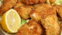 ♡ Crouton Breaded Chicken: Who says you can't eat the foods you love and lose weight? With Devin Alexander's incredibly easy chicken parmesan recipe, you'll. Chicken Parmesan Recipes, Lemon Chicken, Orange Chicken, Breaded Chicken, Tandoori Chicken, Chicken Tenders, Fried Chicken, Devin Alexander, Chicken Fillet Recipes
