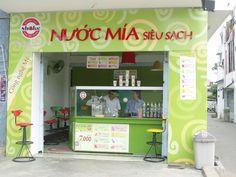 Sugar-cane juice in Vietnam (Ho Chi Minh City Travel) http://hivietnam.vn/da-lat/ http://hivietnam.vn/things-to-do-in-dalat/ http://hivietnam.vn/da-nang/