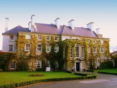 Mount Juliet House is renowned for its equestrian experiences, glorious grounds, and as one of the most grand and luxurious hotels in the whole of Ireland.