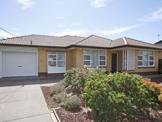 Home in Port Noarlunga sold by Kevin J. Barry from the Professionals Christies Beach, real estate agency - 08 8382 3773 #realestate #realestatesouthaustralia www.christiesbeachprofessionals.com.au
