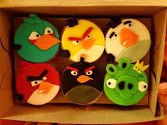 #Angry #Birds #cupcakes #baking #kid #birthday #party
