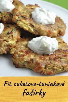 Fit pečené cuketovo-tuniakové fašírky Healthy Zucchini, Healthy Fruits, Fruit Recipes, Healthy Recipes, Most Popular Recipes, Food 52, Healthy Baking, Food Videos, Lunches
