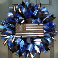National Peace Officers Memorial Day - May Wreaths For Sale, Wreaths For Front Door, How To Make Wreaths, Holiday Wreaths, Door Wreaths, Metal American Flag, American Flag Wreath, Thin Blue Line Flag, Thin Blue Lines