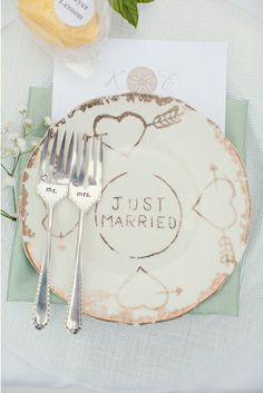 "Custom ""Just Married"" place setting. Photo by Joshua Aull Photography. www.wedsociety.com #wedding #justmarried #vintage"