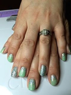 Maria Allison uses CND Mint Convertible with Silver Holographic #glitter to create these cool, fresh looking #nails #nailart