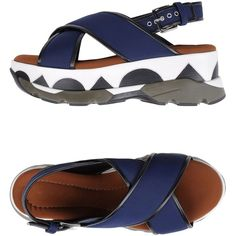 Marni Sandals (6.194.975 IDR) ❤ liked on Polyvore featuring shoes, sandals, dark blue, buckle sandals, round cap, wedge shoes, round toe wedge shoes and wedge sole shoes