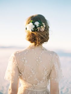 Photography: Brumley And Wells - brumleyandwells.com  Read More: http://www.stylemepretty.com/2015/05/19/windswept-wedding-inspiration/