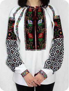 Борщівська вишиванка на білому полотні. http://vyshyvanku.com.ua/index.php