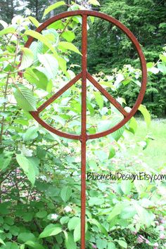 Rustic Metal Peace Sign