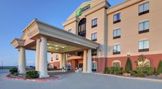 Holiday Inn Express Hotel and Suites Altus Altus Located just off Route 62 and 2 miles from downtown Altus, this Holiday Inn Express features a daily hot breakfast buffet. Free Wi-Fi is available throughout the hotel.