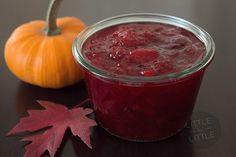 Easy homemade cranberry sauce. #thanksgiving #recipes