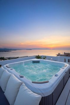 Luxury Homes Dream Houses, Luxury Life, Luxury Villa, Dream House Exterior, Beautiful Places To Travel, Dream Home Design, Travel Aesthetic, Aesthetic Beauty, Dream Rooms