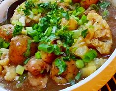 Sha Cha Chicken Stew (沙查燜雞) - Easy chicken and vegetable stew that makes with delicious Sha Cha Sauce. http://www.chinesefoody.com/sha-cha-chicken-stew/