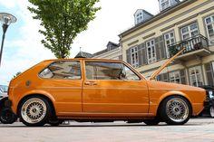 VW Golf Mk1 1,8T - Wolf im Klassikerpelz http://www.autotuning.de/vw-golf-mk1-18t-wolf-im-klassikerpelz/ 1.8T, BBS RS, Golf, Mk1, Turbo, VW, VW Golf 1