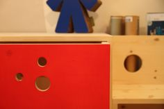 kid's desk at slepeers, via savoia rome
