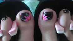 Cute flower toe nail art