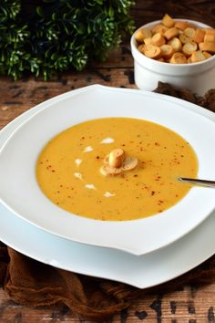 Egyszerű zöldségkrémleves - Kifőztük Thai Red Curry, Soup Recipes, Ethnic Recipes, Soups, Soup, Soap Recipes
