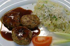 Sie lieben die gute Küche in München? ... dann schauen Sie doch mal vorbei im Restaurant & Biergarten in München an der Isar und genießen Sie ein leckeres Mittagessen oder ein gutes Abendessen in München im Waldgasthof Buchenhain.