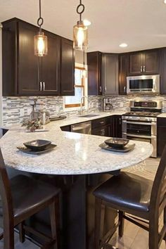 6 Appreciate Clever Tips: Kitchen Remodel Layout Tips u shaped kitchen remodel dark wood.U Shaped Kitchen Remodel Design Layouts. Kitchen Redo, New Kitchen, Kitchen Cabinets, Kitchen Ideas, Long Kitchen, Ranch Kitchen, Grey Cabinets, 1950s Kitchen, Kitchen Layouts