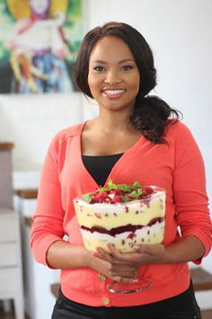 Sibahle Mtongana (the first black South African to have her cooking show broadcast across Africa, Europe and the Middle East – in a total of 90 countries. South African Recipes, Ethnic Recipes, Tv Chefs, Good Food, Yummy Food, Best Chef, Pavlova, Food Network Recipes, Deserts