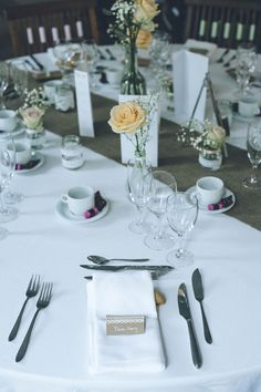 Réception - S & PH - Mariage romantique chic en Bretagne - Décoration, scénographie et coordination par Label' Emotion Bretagne Wedding Planner - Crédit photo : Sylvain Le Lepvrier Photographe
