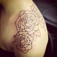 Simple rose outline; I especially like the number of roses, and the the way it stretches over from back to shoulder...