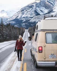 How To Heat Your Van In Winter Great list of hacks to keep your camper warm in the winter. This goes over all of the pros and cons of installing a electric heater, air heater, mini wood stove, propex espar and webasto heats as well as a bunch Solo Camping, Rv Camping Tips, Van Camping, Outdoor Camping, Camping Ideas, Camping Supplies, Camping Checklist, Camping Cabins, Camping Gadgets