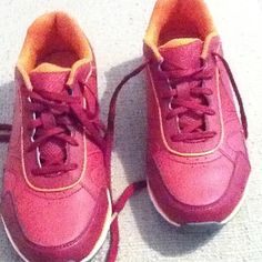 "Vionic 1st Ray Orthadonic walking shoes 8.5 New, only worn in house, Vionic Orthaheel walking shoes in size 8.5. Color is pinkish red with orange trim. ""designed to provide proper alignment, which can help ease aches and pains from the ground up."" Retails for $99. All sales final!  Posted with eBay Mobile Vionic Shoes"