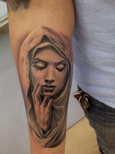 Wanted a virgin mary, but didnt want the traditional version everyone gets. I found a statue online i loved but the face didnt look to great. Me and the artist searched online till we found a face we liked and fit perfect.  Done at Cat Tattoo in Addison Tx   Artist: Rember
