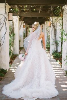 Tendance Robe De Mariée 2017/ 2018 : Jaw-dropping pink wedding dress: www.stylemepretty | Photography: Katie Shule