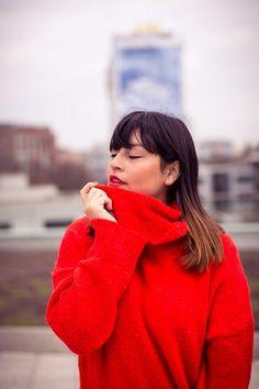 #style #fashionblogger_de #red #pullover #oversized #oversize #portrait #fotografie #photography #face #pretty #turtleneck #redlips #pretty #girls