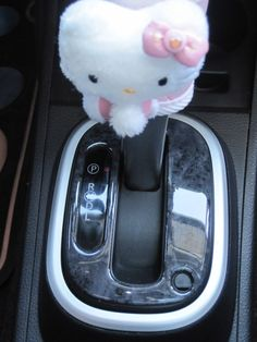 31 Super Ideas For Girly Cars Interior Ideas Hello Kitty Hello Kitty Car, Hello Kitty House, Hello Kitty Items, Hello Kitty Stuff, Alfa Romeo, Chip Foose, Audi Tt, Ford Gt, Ideas