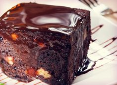Beauty Detox: Chocolate Love Cake. It comes from Kimberly Snyder, so you know it's more healthy than cake from a box!