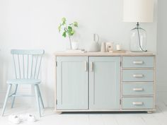 We're suckers for design. This reclaimed wooden sideboard is our loafy take on an old dresser we found while ambling around Amsterdam. Comfy Sofa, Shabby Chic Living Room, Layout, Wooden Kitchen, Furniture Restoration, Luxury Home Decor, My New Room, Home Decor Inspiration, Design Inspiration