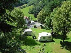 Minucamping Zur Mühle in Wolfach/kirnbach, kleine camping in het Zwarte Woud, Duitsland Bergen, Camping Life, Campsite, Van Life, Caravan, Recreational Vehicles, Belgium, Outdoor Living, Mini