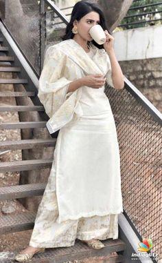 Samantha Photos, Samantha Ruth, Dress Indian Style, Indian Outfits, Indian Wear, Simple Kurta Designs, Girl Fashion, Fashion Dresses, Bollywood Wedding
