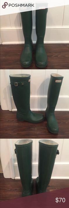 Hunter Boots Green Hunter Boots. Size US women's 8 Hunter Boots Shoes Winter & Rain Boots