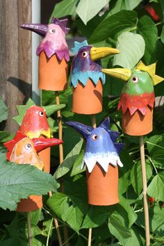 de ce_photo html image.stephanies-to… ce_photo html image. Clay Birds, Ceramic Birds, Clay Projects, Clay Crafts, Ceramic Painting, Ceramic Art, Beginner Pottery, Tile Art, Clay Creations