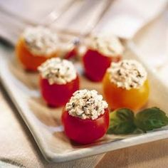cherry tomato bites with goat cheese