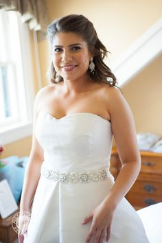 jennie kay beauty, the beauty pin, bridal hair, bridal makeup, bride, wedding, wedding hair, wedding makeup, bridal style, alexandra daly clark, newport wedding, castle hill inn, castle hill